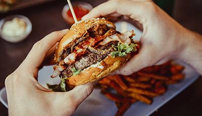 burger_shutterstock_406893664